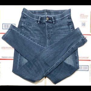 Uniqlo Small 26-27 Blue Jeans Skinny Leggings